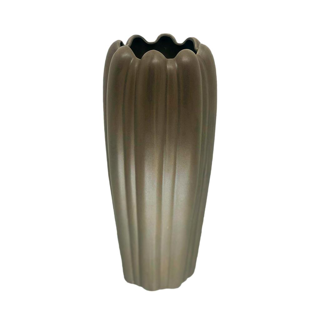 Vaso em cerâmica cinza escuro P
