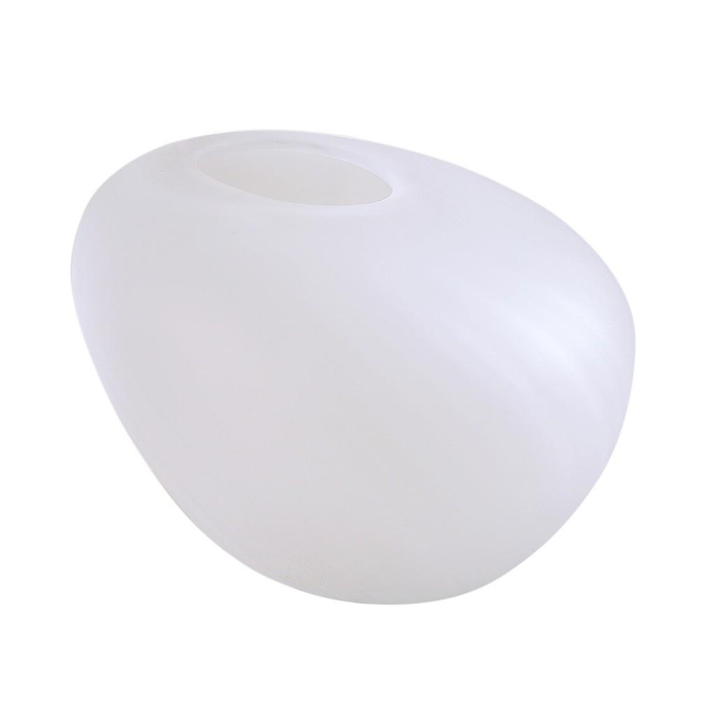Vaso em vidro branco fosco geométrico